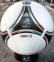Стари континент игра фудбал